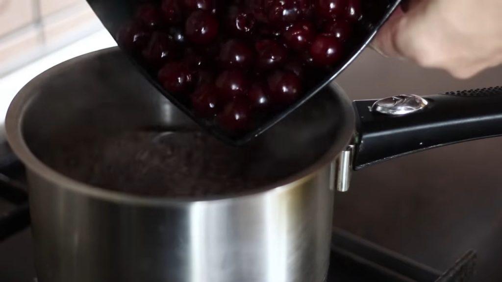 Желе из вишен — пошаговый рецепт, шаг 1