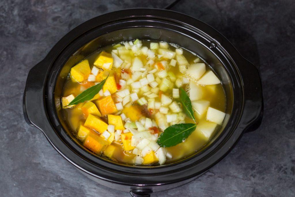 Тыквенный суп в мультиварке — пошаговый рецепт, шаг 2