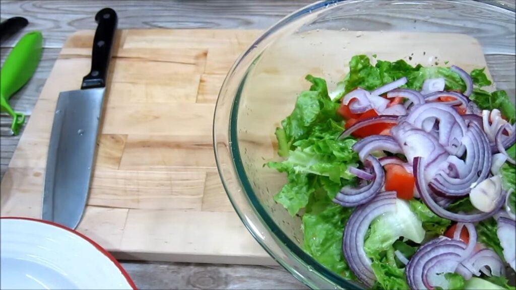 Греческий салат без маслин — пошаговый рецепт, шаг 3