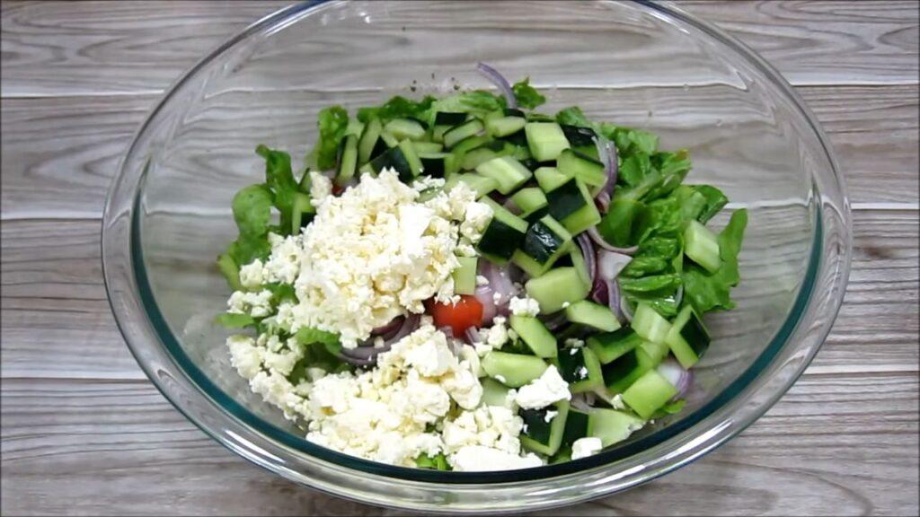 Греческий салат без маслин — пошаговый рецепт, шаг 4