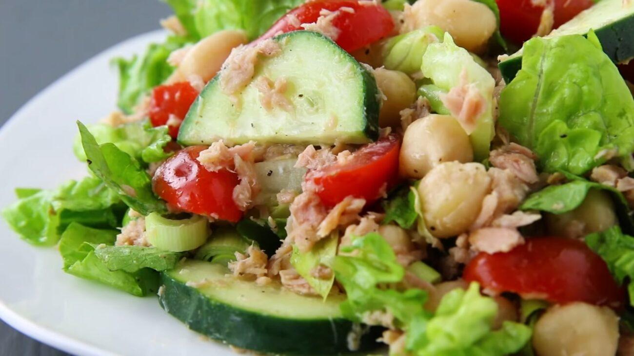 Салат с тунцем — пошаговый рецепт, основное фото